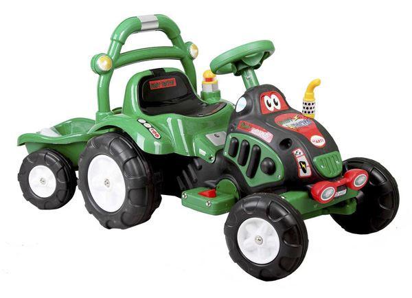 Elektrický traktor s přívěsem a nářadím - zelená