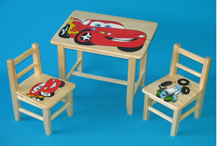 Obrázek Dětský dřevěný stůl se židlemi - Cars