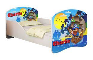 Obrázek Dětská postel - Piráti + jméno