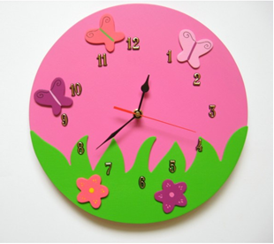 Obrázek Dětské dřevěné hodiny Veselá louka - růžová