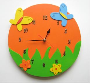 Obrázek Dětské dřevěné hodiny Veselá louka