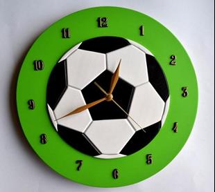 Obrázek Dětské dřevěné hodiny Fotbal