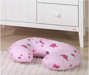 Obrázek Kojící polštář Hello Kitty - Růžová