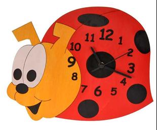 Obrázek Dětské dřevěné hodiny Beruška